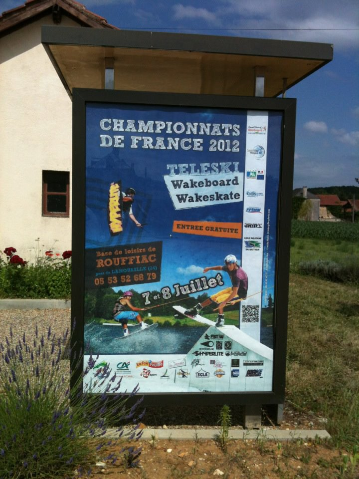 Campionnats de France 2012 - Abris bus